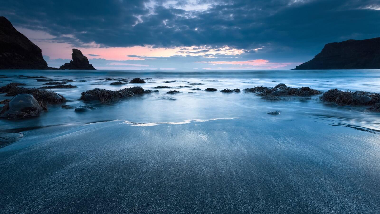 Talisker Beach, Skye