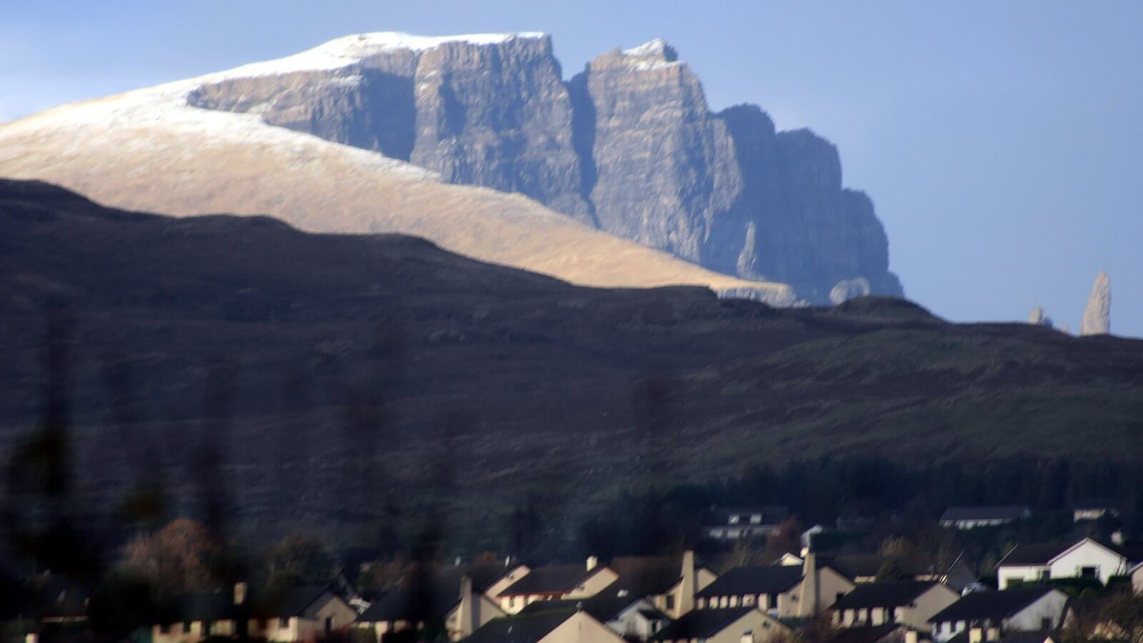 Old Man of Storr as seen from Air an Oir